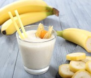 Low-Fat Banana Pear Protein Smoothie Recipe